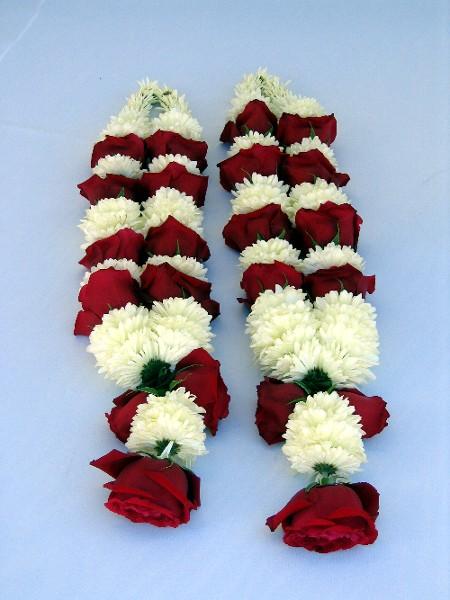 Mandaps Flowers Garlands Decorations Accessories